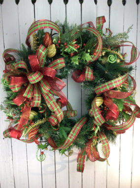 Elegant Christmas Wreaths For Your Indoor And Out Decorations